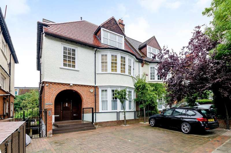Studio Flat for sale in Platts Lane, Hampstead, NW3