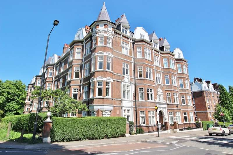 4 Bedrooms Flat for sale in East Heath Rd, Hampstead, London, NW3