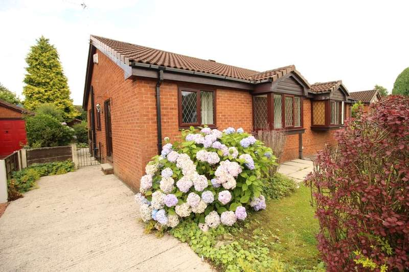 2 Bedrooms Semi Detached Bungalow for sale in Park Avenue, Radcliffe, Manchester, M26