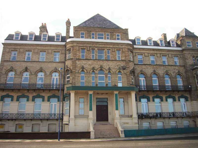 3 Bedrooms Penthouse Flat for sale in Regency Mansions, Redcar