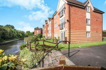 2 Bedrooms Flat for sale in Grindle Road, Longford, Coventry, West Midlands