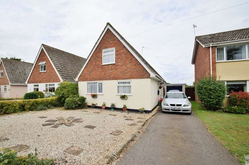 3 Bedrooms Detached House for sale in Holden Road