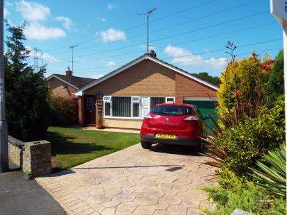 2 Bedrooms Bungalow for sale in Moel Gron, Mynydd Isa, Mold, Flintshire, CH7