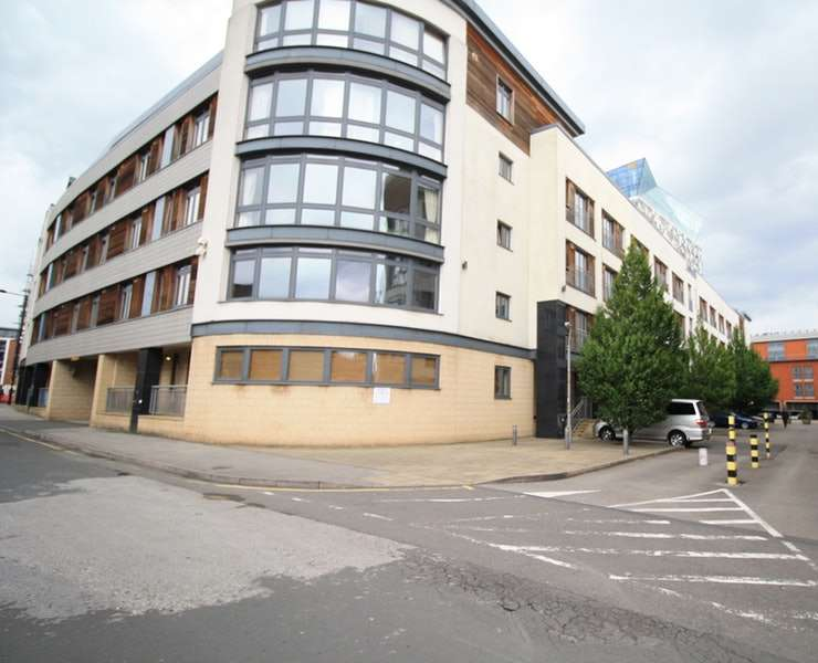 2 Bedrooms Apartment Flat for sale in Postbox, Birmingham, West Midlands, B1
