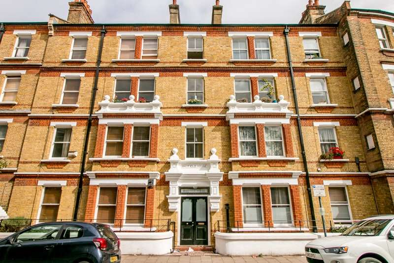 2 Bedrooms Penthouse Flat for sale in Rushcroft Road, London, London, SW2
