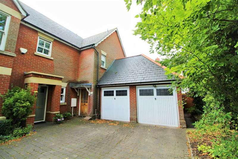 3 Bedrooms End Of Terrace House for sale in Maldon Road, Colchester