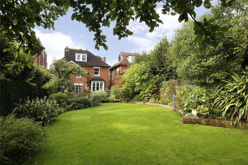 7 Bedrooms Detached House for sale in Edge Hill, London, SW19