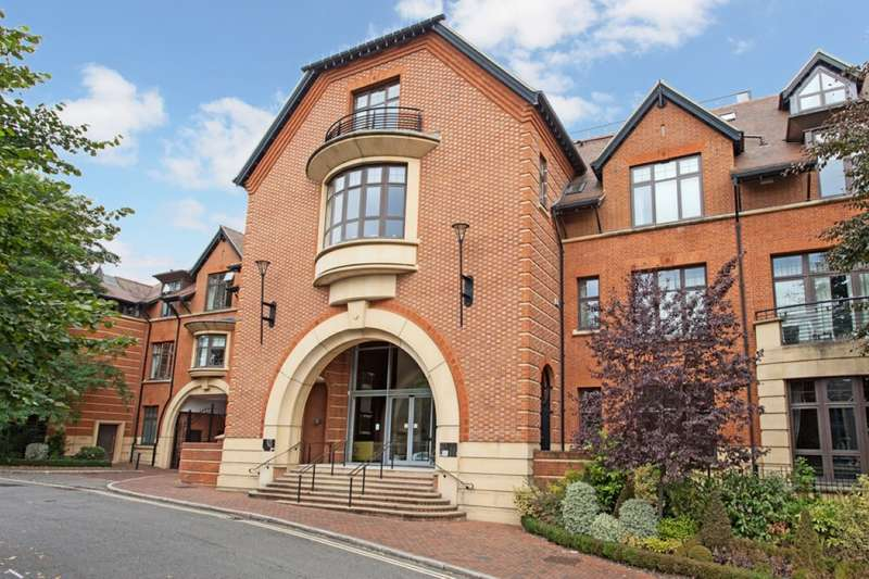 2 Bedrooms Flat for sale in Perpetual House, Station Road, Henley-On-Thames, RG9