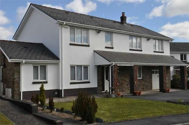 4 Bedrooms Detached House for sale in Clos Afallon, Gwaun Cae Gurwen, Neath Port Talbot