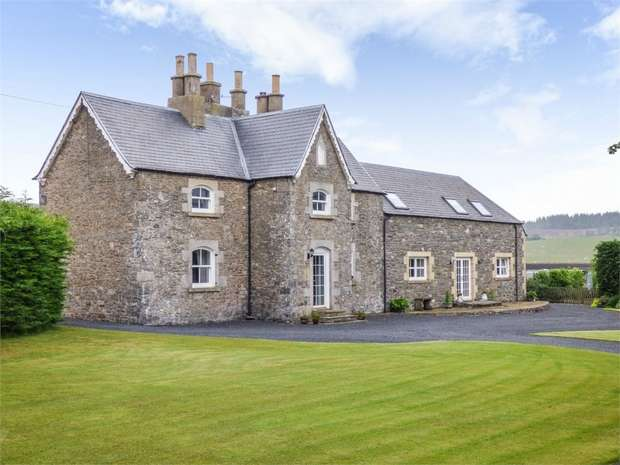 5 Bedrooms Detached House for sale in Selkirk, Selkirk, Scottish Borders