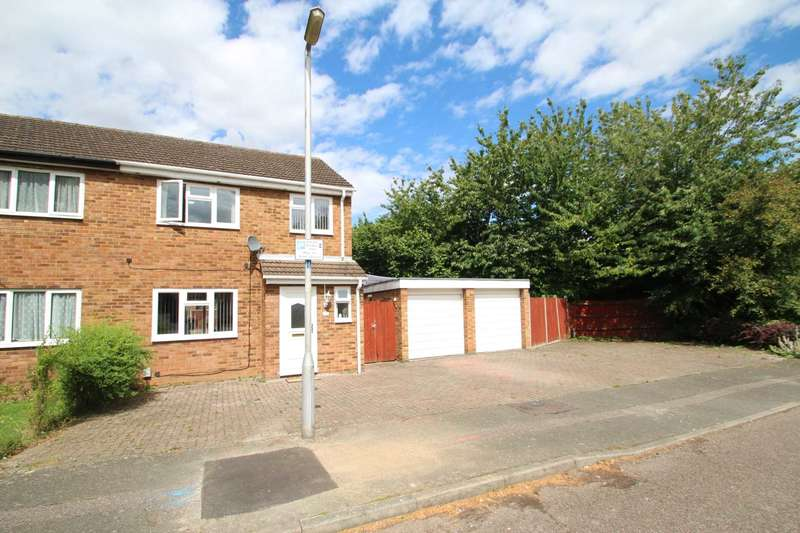 3 Bedrooms Semi Detached House for sale in Meadowbank, Hitchin, Hertfordshire, SG4 0HY
