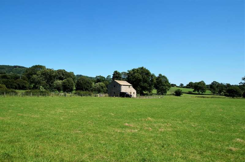 2 Bedrooms Detached House for sale in Low Pastures Barn, Redmire, Leyburn, DL8 4DY