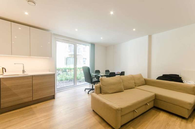 2 Bedrooms Flat for sale in Ashton Way, Canada Water, SE16