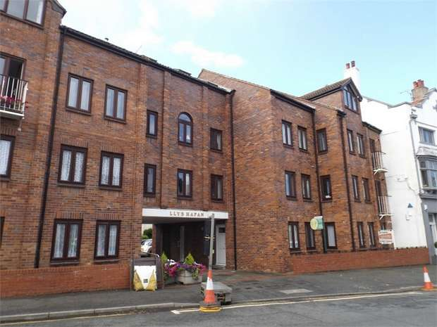 1 Bedroom Flat for sale in 20 Everard Road, Rhos on Sea, Colwyn Bay, Conwy