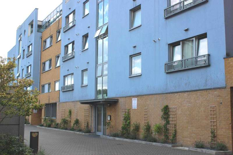 2 Bedrooms Apartment Flat for sale in Strand House, West Thamesmead, SE28 0LU