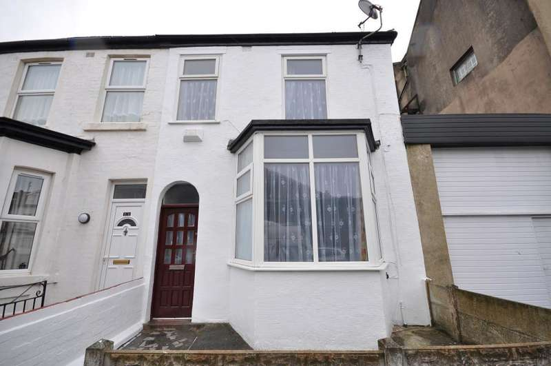 3 Bedrooms Terraced House for sale in Haig Road, Blackpool, Lancashire, FY1 6BZ