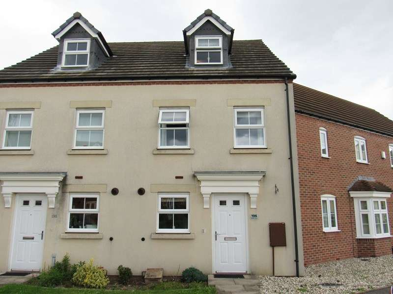 3 Bedrooms Terraced House for sale in Wharf Lane, Solihull