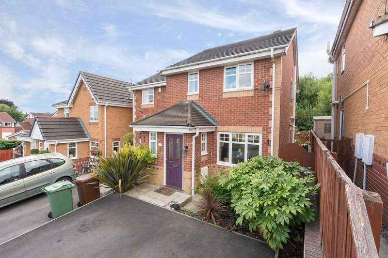 3 Bedrooms Semi Detached House for sale in Lady Lane, Wigan, Greater Manchester, WN3