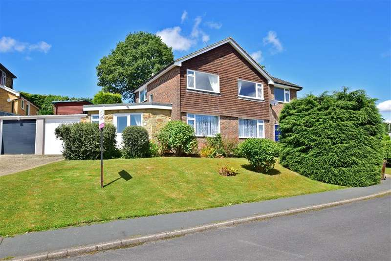 4 Bedrooms Detached House for sale in Shawfield, Crowborough, East Sussex