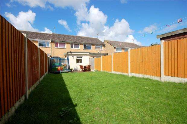 3 Bedrooms Terraced House for sale in Poole, Dorset, BH15