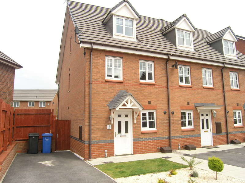 3 Bedrooms Mews House for sale in Larkspur Grove, Saxon Park, Warrington