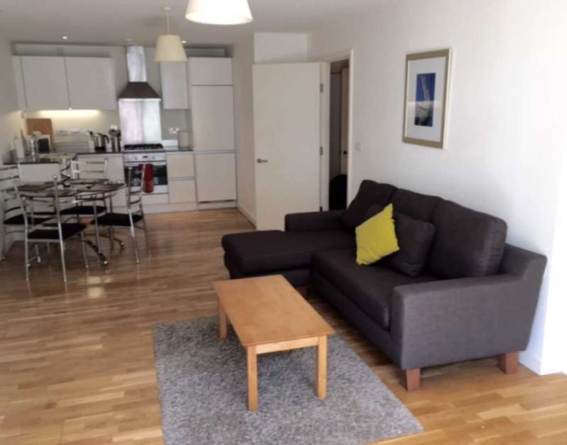 1 Bedroom Apartment Flat for rent in Halcyon, Chatham Place, Reading