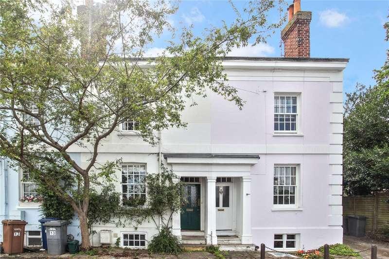 3 Bedrooms Terraced House for sale in Great George Street, Godalming, Surrey, GU7