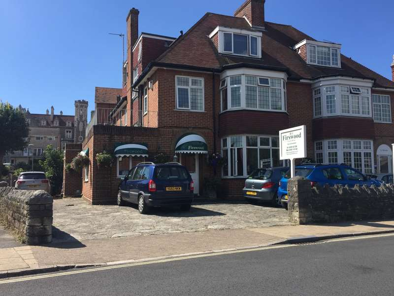 9 Bedrooms Guest House Commercial for sale in KINGS ROAD WEST, SWANAGE