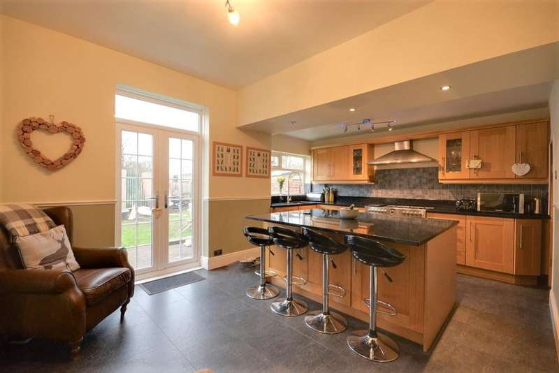 3 Bedrooms House for sale in Beech Grove, Southport, PR9 7EE