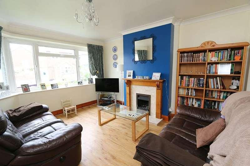 5 Bedrooms Semi Detached House for sale in Herbert Road, Hextable, Swanley, Kent, BR8