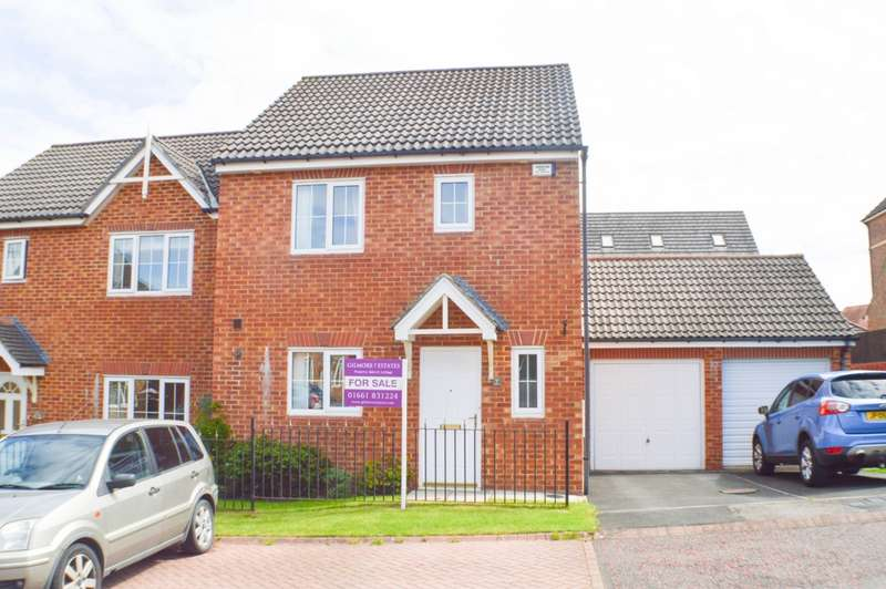 3 Bedrooms House for sale in St Oswalds Court, Prudhoe, NE42