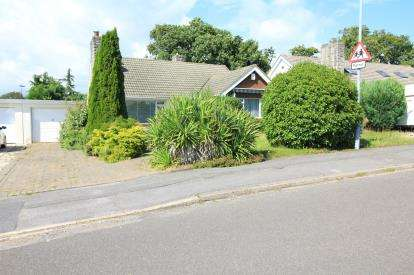 House for sale in Highcliffe, Christchurch, Dorset
