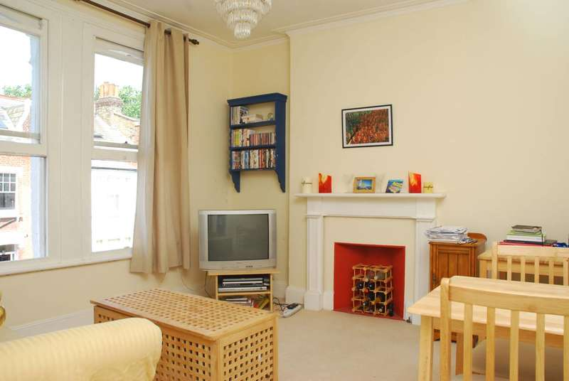 1 Bedroom Flat for sale in Filmer Road, Parsons Green, SW6