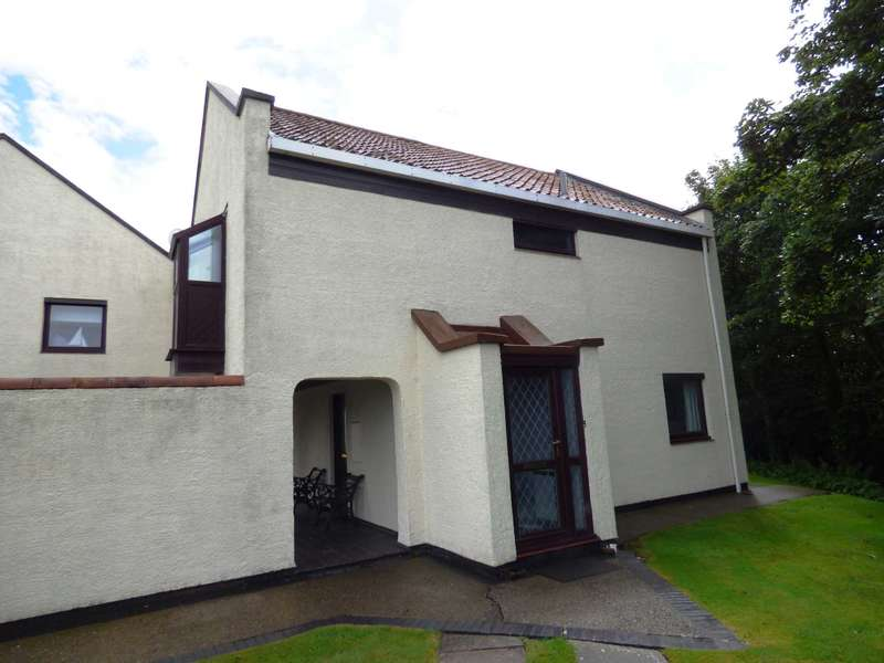 2 Bedrooms Flat for sale in Cliffden Court, Saltburn By The Sea