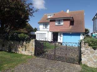 6 Bedrooms Detached House for sale in Southdean Drive, Bognor Regis