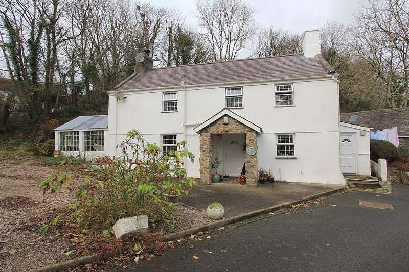 5 Bedrooms Farm House Character Property for sale in Sarn, Pwllheli, Gwynedd, LL53 8HF