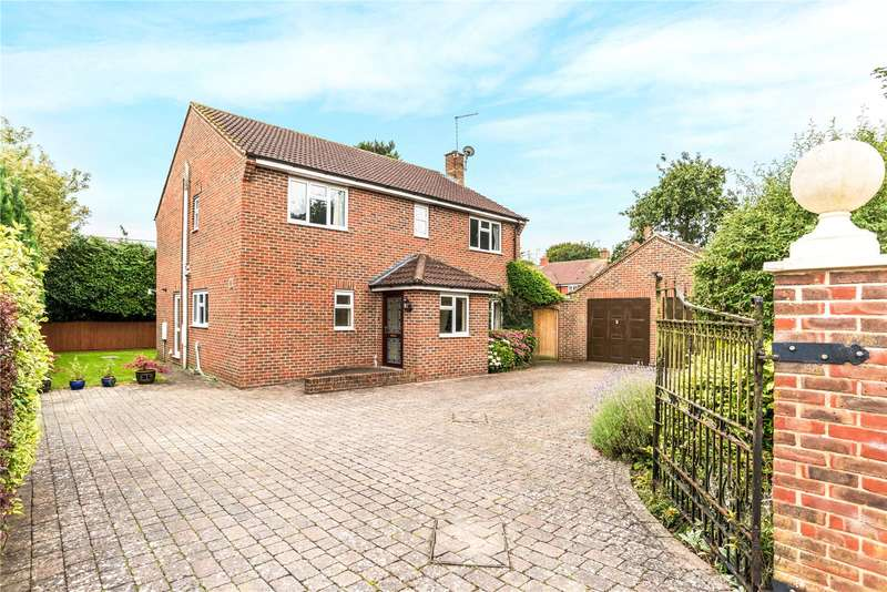 4 Bedrooms Detached House for sale in Downsmead, Baydon, Marlborough, Wiltshire, SN8