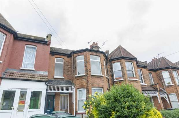 3 Bedrooms Flat for sale in North View Road, Hornsey, N8