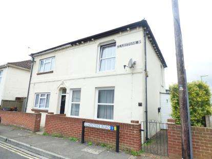 3 Bedrooms Semi Detached House for sale in Elson, Gosport, Hampshire