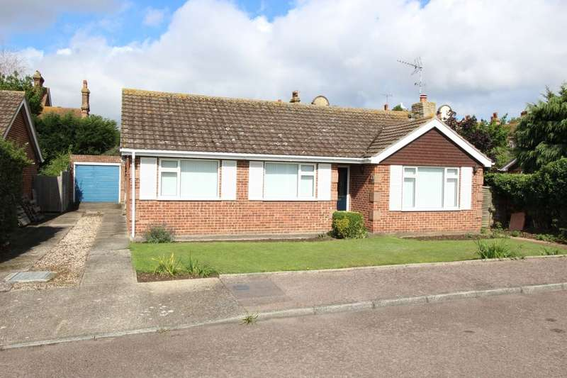 3 Bedrooms Detached Bungalow for sale in Bairdsley Close, Broadstairs, CT10