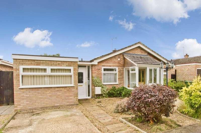 3 Bedrooms Detached Bungalow for sale in Millview Estate, Saham Toney