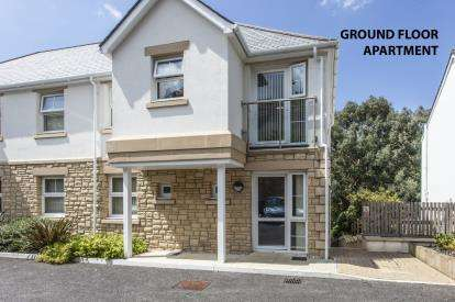 2 Bedrooms Flat for sale in Tregolls Road, Truro, Cornwall