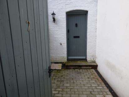 2 Bedrooms Terraced House for sale in 42 Lagland Street, Poole