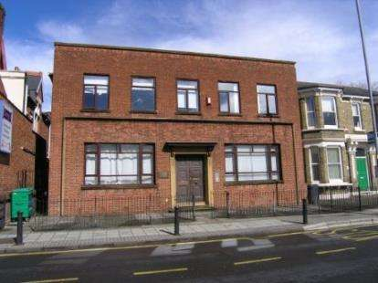 2 Bedrooms Flat for sale in 129 Elm Grove, Southsea, Hampshire