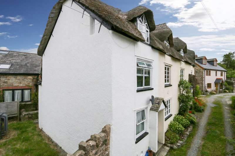 2 Bedrooms Cottage House for sale in Station Road, Moretonhampstead
