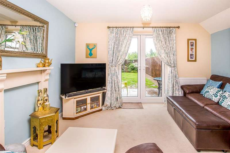 2 Bedrooms Town House for sale in Spruce Way, Selby, YO8 8FJ