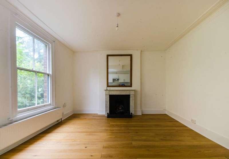 2 Bedrooms Flat for sale in Blackheath Hill, Greenwich, SE10