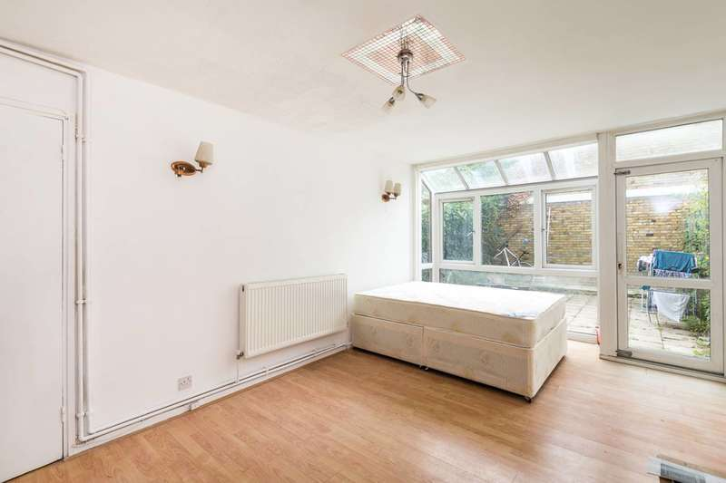 3 Bedrooms House for sale in Claylands Road, Oval, SW8