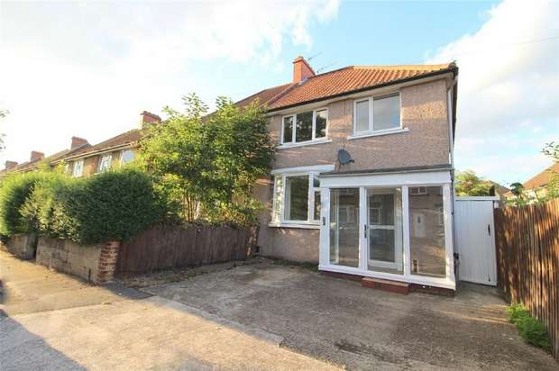 3 Bedrooms Semi Detached House for sale in Princes Road, Feltham, Middlesex