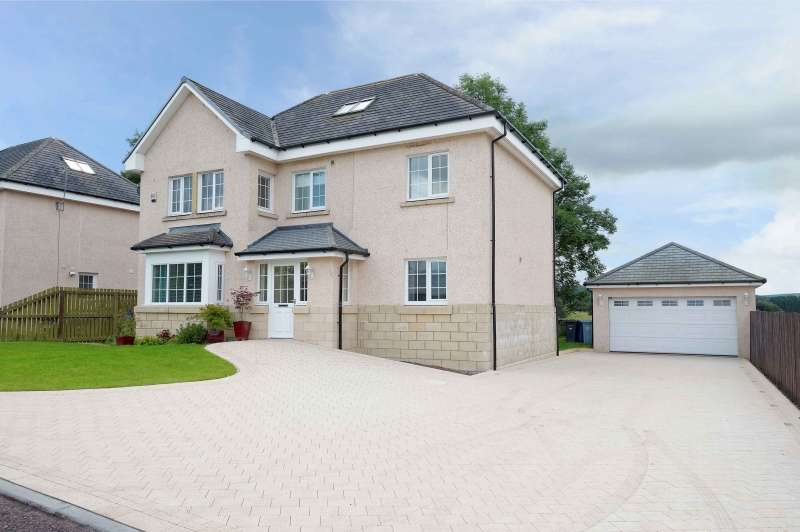 5 Bedrooms Detached House for sale in Cransley Gardens, Douglas, Lanark, ML11 0SL